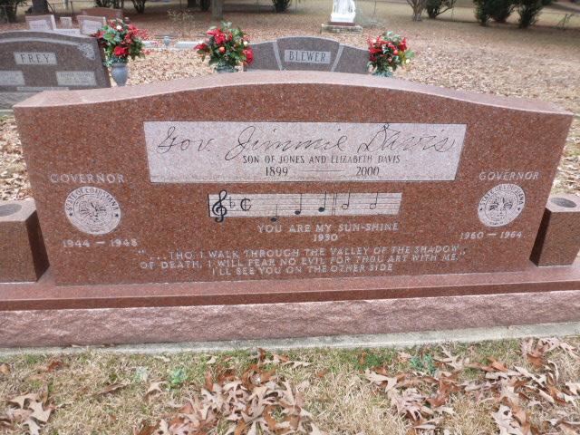 Jimmie Davis Grave (3)