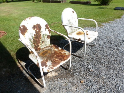 Restoring Rusty Chairs (6)