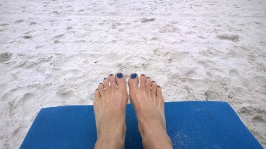 17 Toes on the Beach